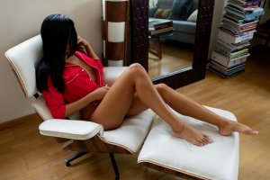 Maewen outcall escort in Fontana California